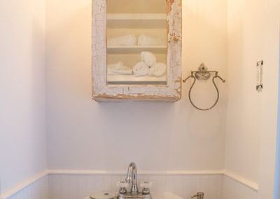 The Country French Room - Bathroom