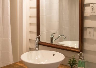 Taylor Inn Happy Days Room - Bathroom