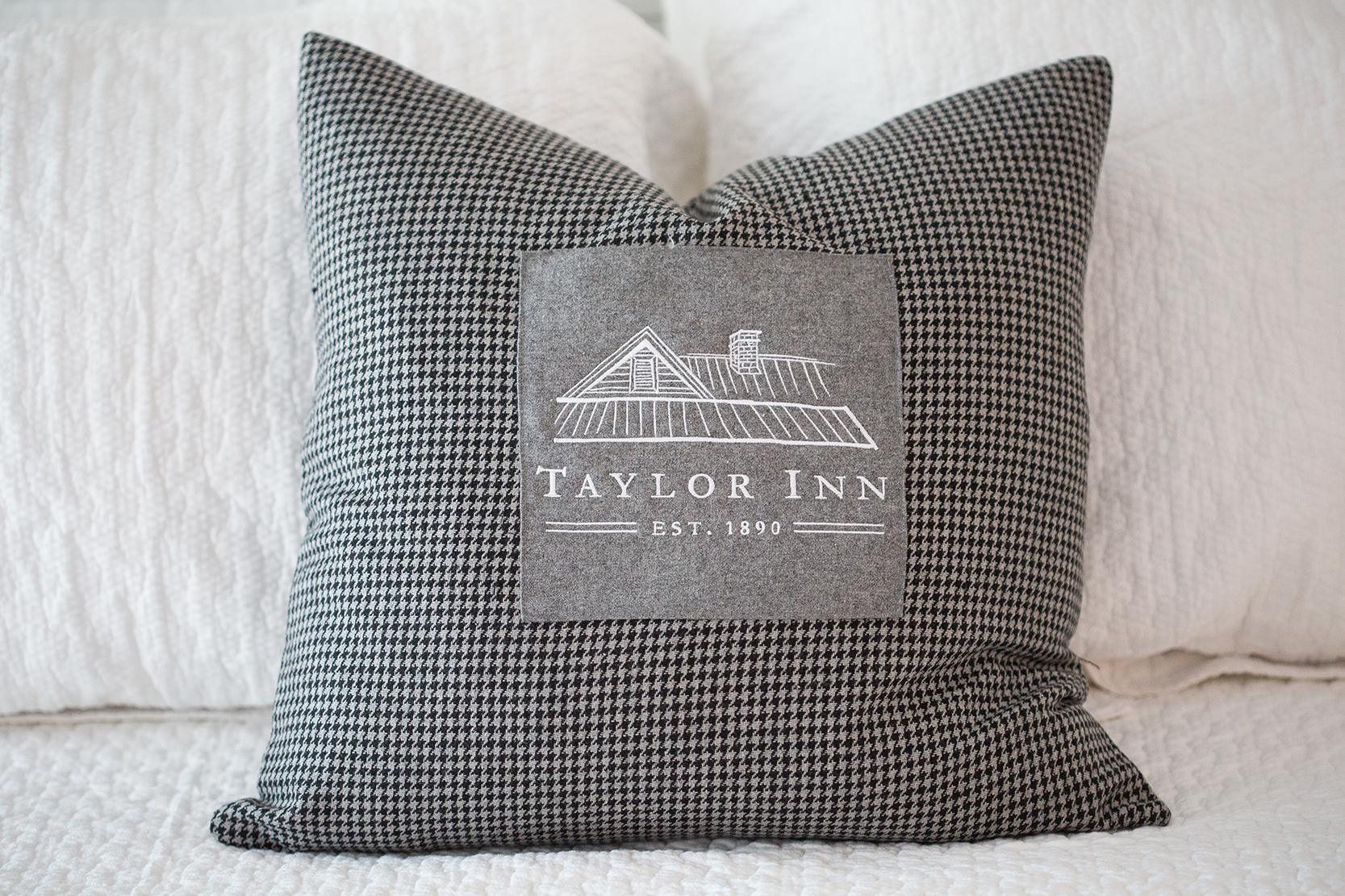 Taylor Inn